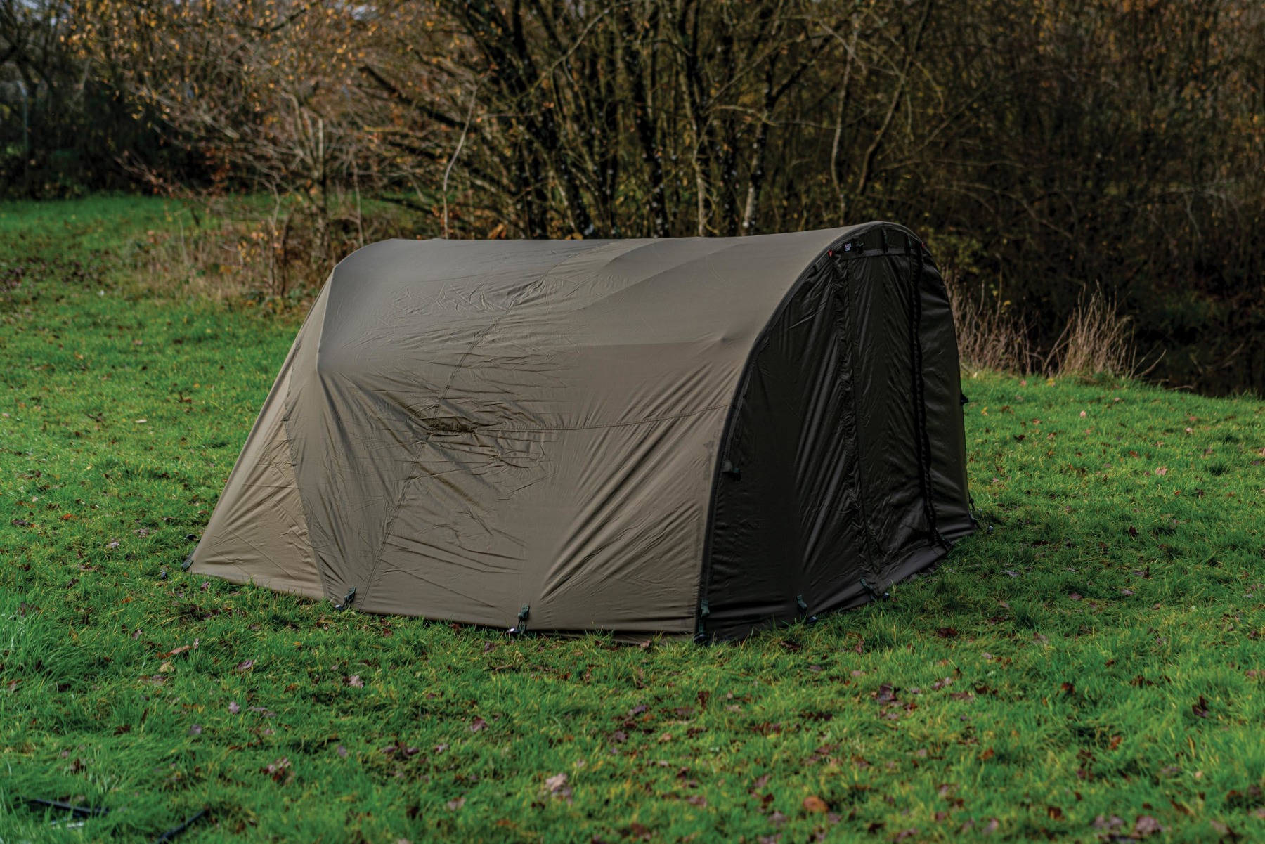 The Uni-Extended Overwrap gives you full dual-layer protection over your existing bivvy