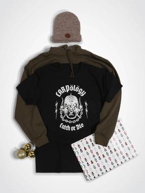 CARPology 'Christmas Clothing Bundle' Deal