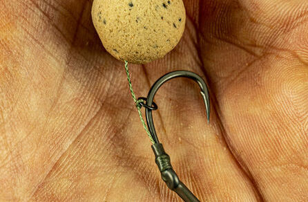 How to tie a Basic Beak Point Bottom Bait Rig